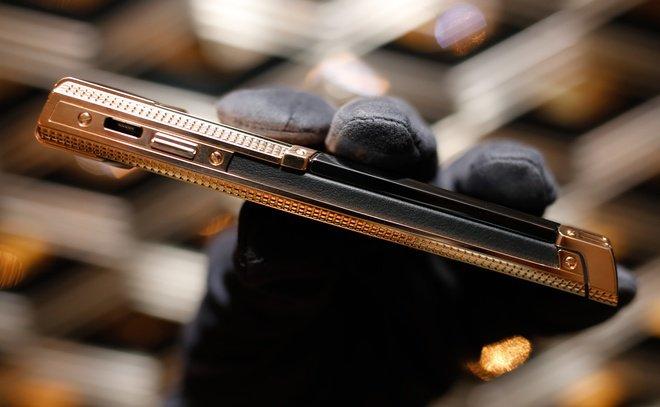 Vertu tung 3 điện thoại Bespoke dành riêng cho khách hàng Việt