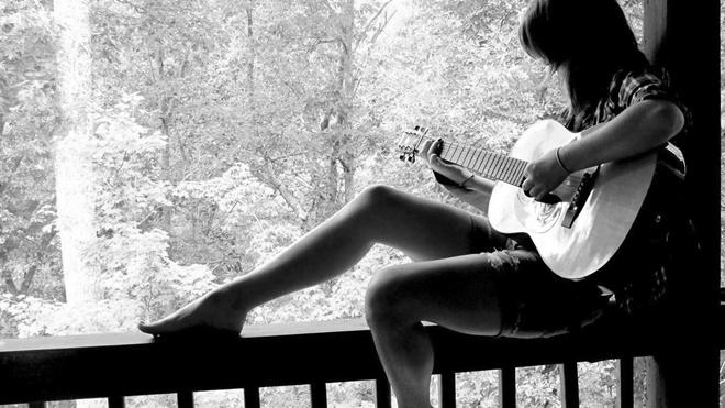 Khoa học: Nghe nhạc buồn giúp tâm trạng vui hơn