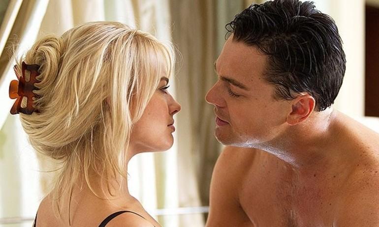 """Những cảnh nóng chẳng mấy """"dễ chịu"""" của sao Hollywood"""
