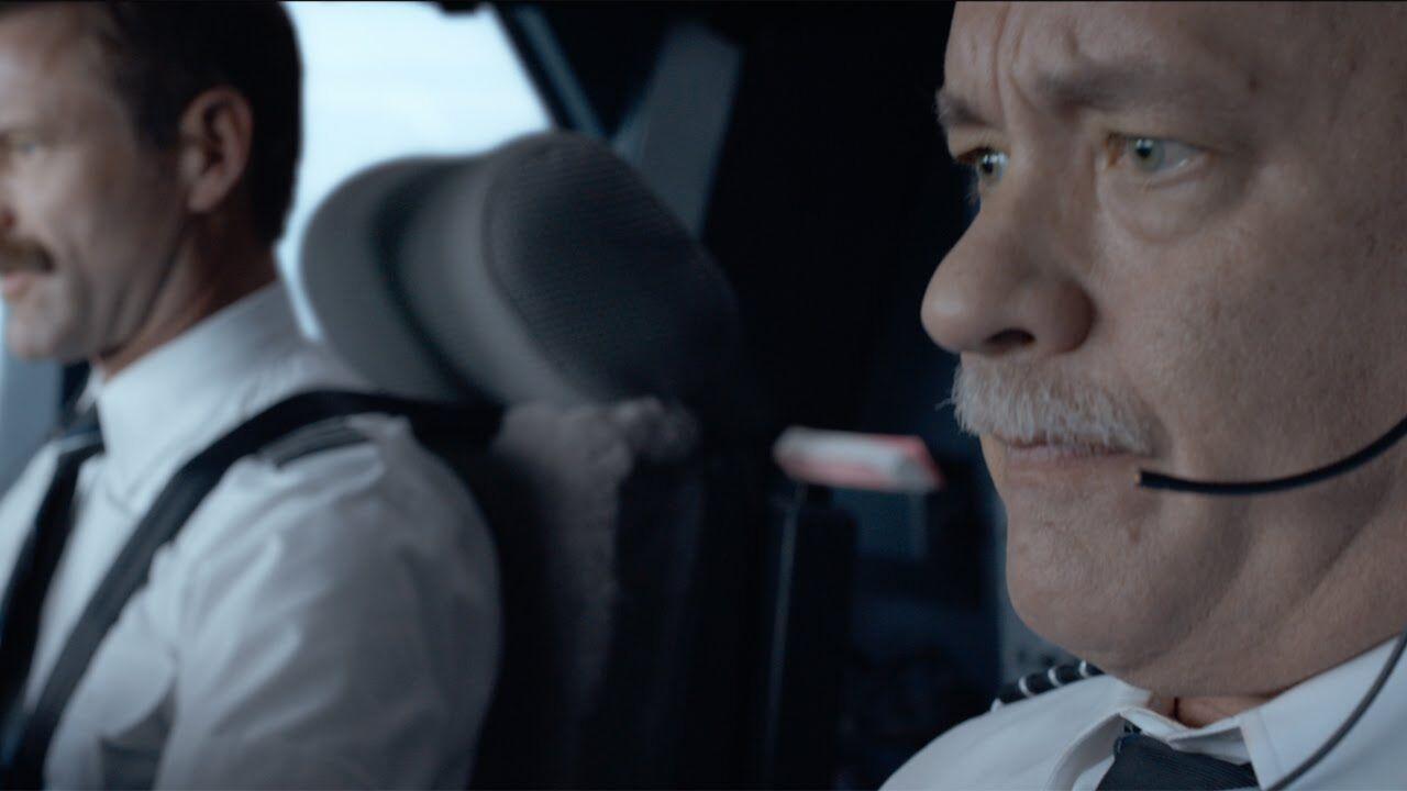 Tom Hanks bước vào cuộc đua tranh giải Oscar 2017 với Sully