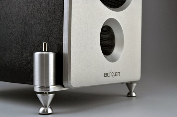 EBTB giới thiệu dòng loa compact Hi-End BoXXeR SM 0.5