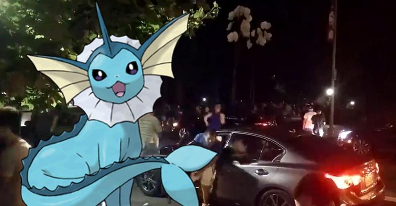 Cả công viên náo loạn chỉ vì một chú Pokemon quý hiếm
