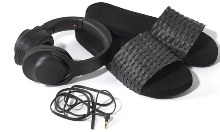 Sony tái chế dây tai nghe H.ear thành dép, túi xách, bao điện thoại