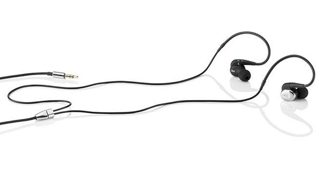 AKG ra mắt tai nghe inear N40, kiểu hybrid tương tự K3003i