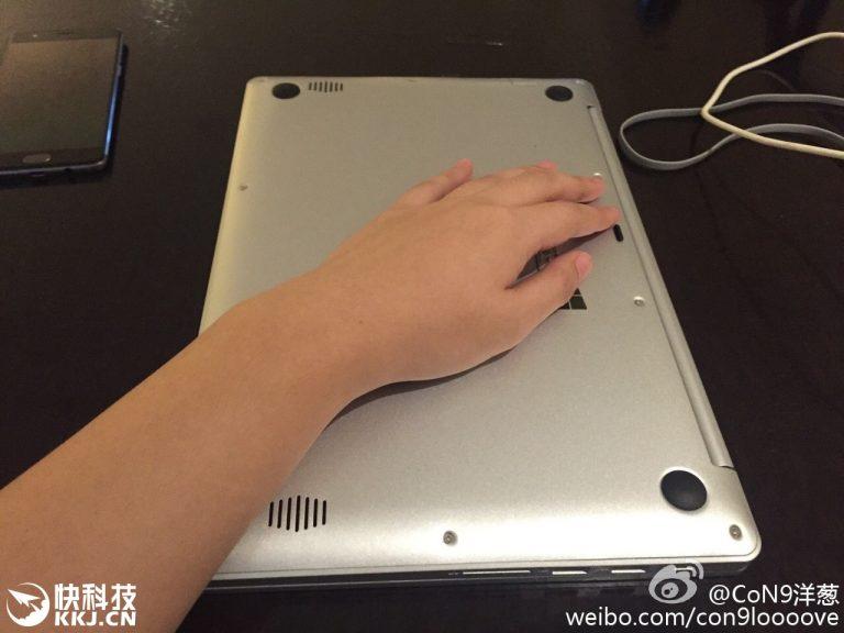 """Xiaomi Mi Book tiếp tục xuất hiện: Rất giống Macbook, giá """"bẻ đôi"""""""