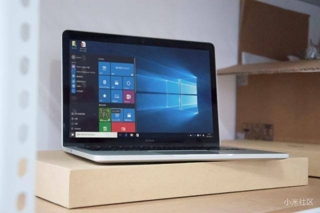 Lộ ảnh laptop Xiaomi Mi Book: Đẹp, cấu hình cao, giá từ 10 triệu