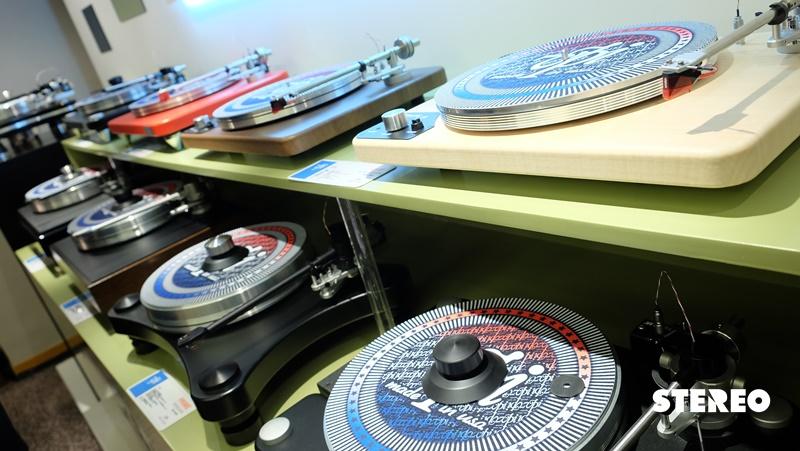 [Hong Kong AV Show 2016]: Màn đồng ca của thiết bị analog