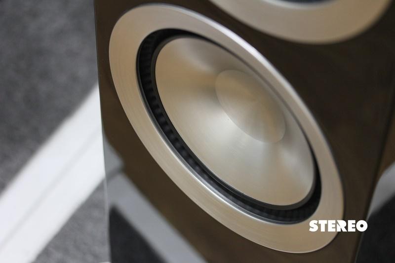 Paradigm Prestige 95F: Dễ nghe, không kén nhạc