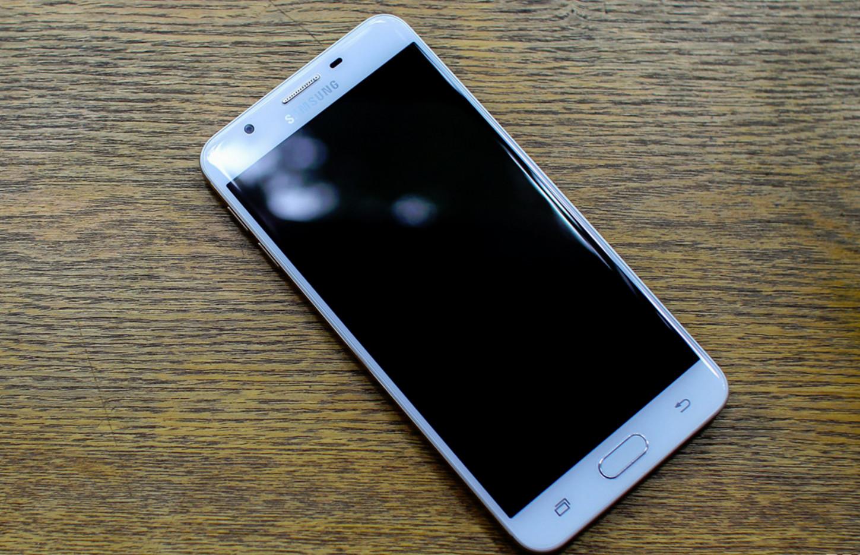 Galaxy J7 Prime xuất hiện – đối thủ trực diện của OPPO F1s