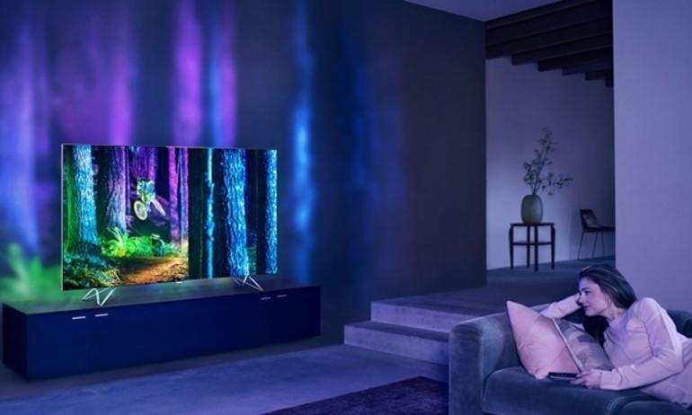 [Stereo Wiki] Sự khác biệt giữa TV Philips Ambilight và AmbiLux