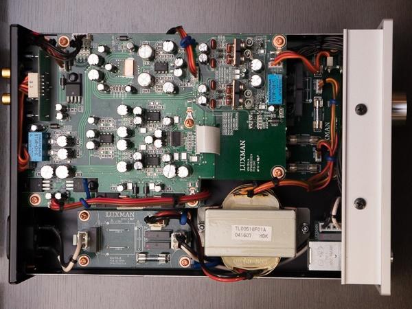 Luxman ra mắt USB DAC kiêm headamp DA-150, bản giá rẻ của DA-250