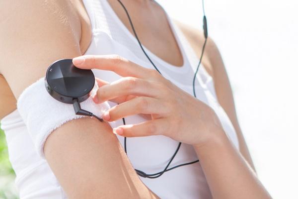 Astell & Kern ra mắt ampli Bluetooth cho tai nghe AK XB10