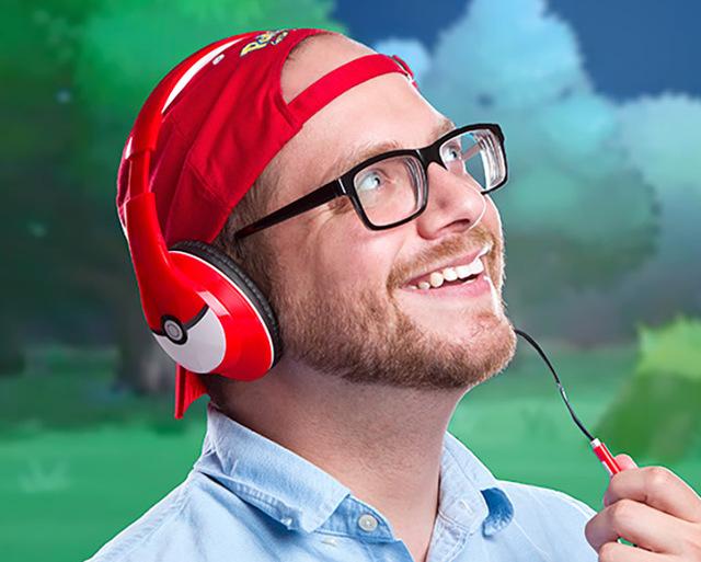 """ThinkGeek ra mắt bộ đôi tai nghe dành cho """"fan cuồng"""" Pokemon Go"""