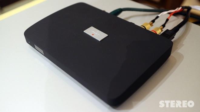 Nghe thử loa không dây Audiovector SR-1 Signature cùng DISCREET HUB