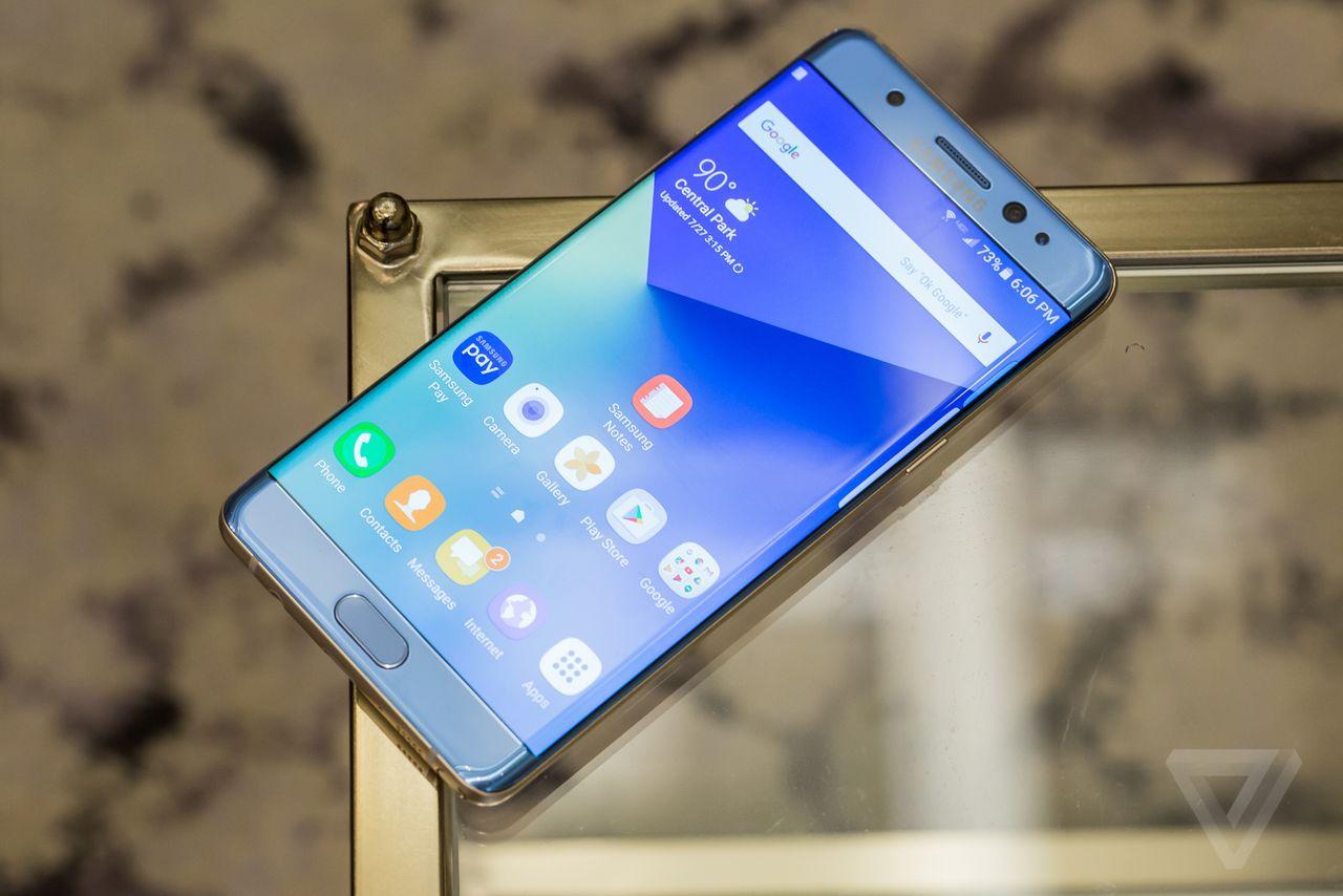 Các flagship mới của Samsung sẽ chỉ có màn hình cong?