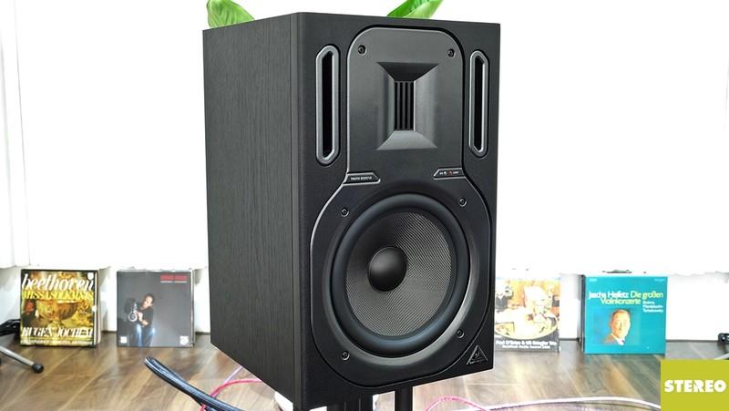 Mở hộp loa studio monitor Behringer Truth B3031A: Rẻ mà chất