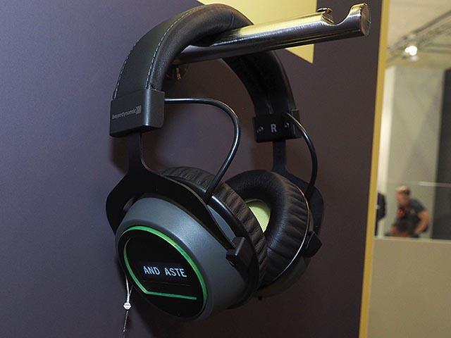 Beyerdynamic – Astell & Kern hợp tác làm tai nghe không dây chất lượng cao