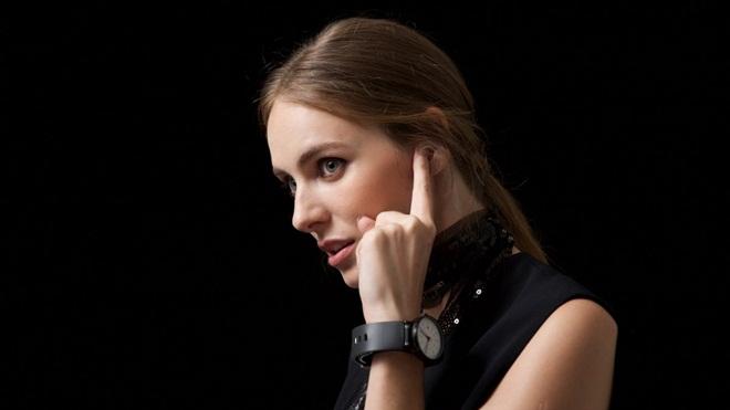 Dây đeo Sgnl: Trải nghiệm phong cách liên lạc siêu điệp viên