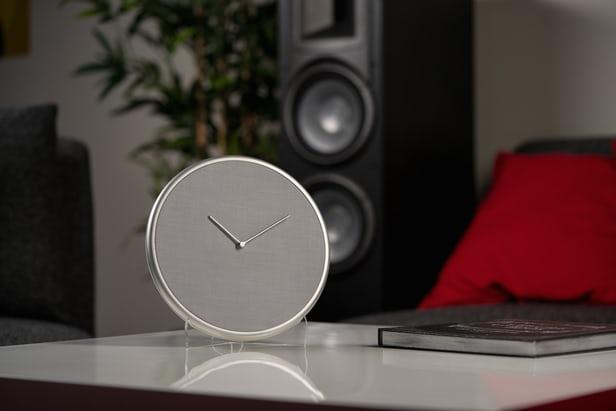 Đồng hồ báo thức Glance Clock: Chỉ hiển thị những gì bạn cần