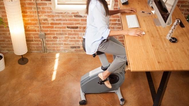 """Ghế đạp Velo: Sở hữu """"vòng eo 56"""" ngay tại bàn làm việc"""