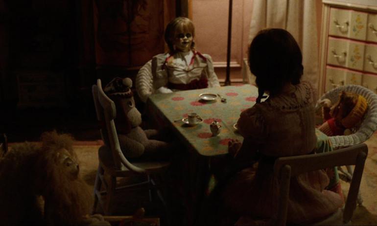 """Sởn gai ốc với trailer đầu của """"Annabelle 2"""""""
