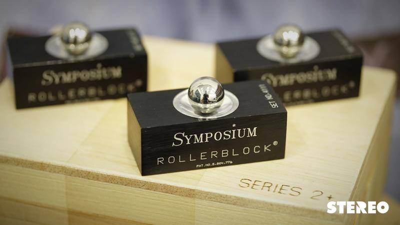 Symposium Rollerblock Seris 2+: Chống rung cho nguồn phát digital trong dàn máy hi-fi
