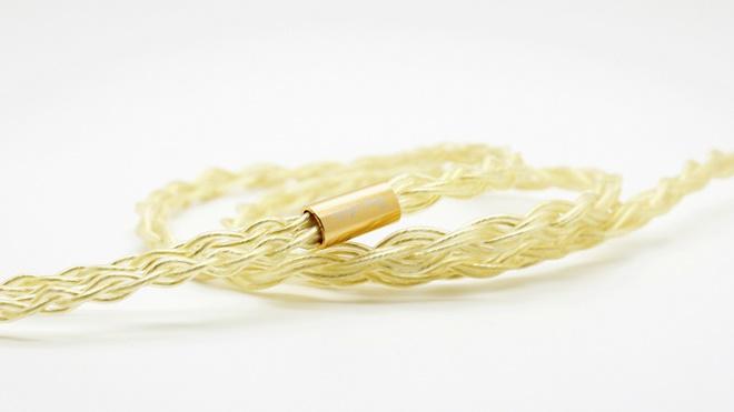 Beat Audio Lab ra mắt dây tai nghe lõi vàng thật Billow, giá trên 40 triệu đồng