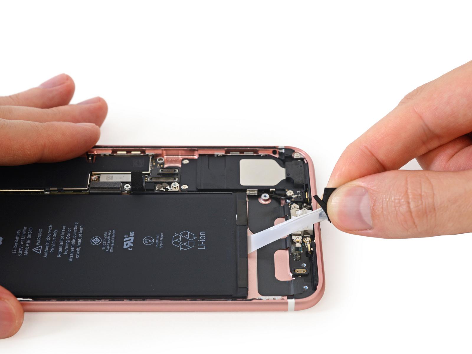 """iFixit đã """"mổ"""" xong iPhone 7 Plus, xác nhận máy có 3GB RAM"""