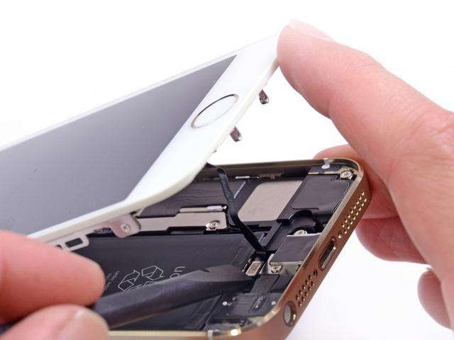 """""""iPhone mất vân tay"""" giá siêu rẻ tràn lan, đừng để bị lừa!"""