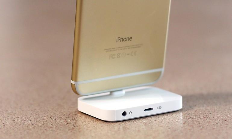 Vừa nghe nhạc vừa sạc với iPhone 7 ư, chỉ là chuyện nhỏ với chiếc dock này !