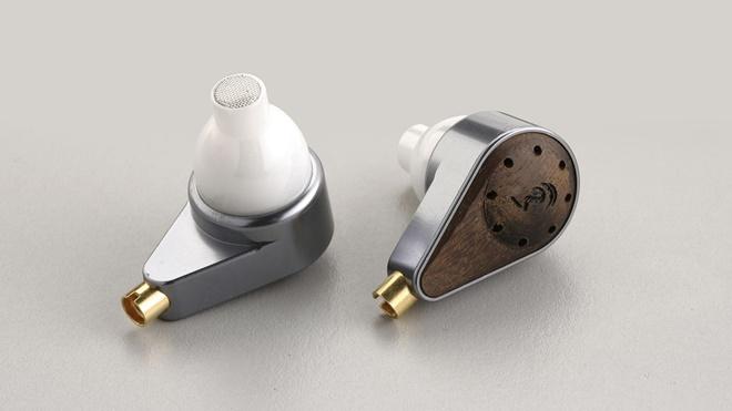 oBravo EAMT-1s: tai nghe in-ear đắt nhất thế giới?