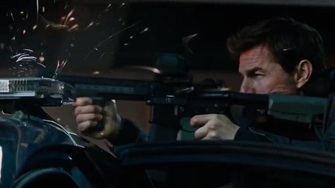 """Jack Reacher: Never Go Back tung trailer hành động """"cơ bắp"""""""