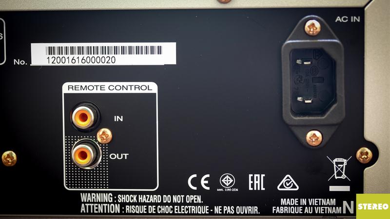 Mở hộp ampli tích hợp Marantz PM6006: đơn giản nhưng thanh lịch