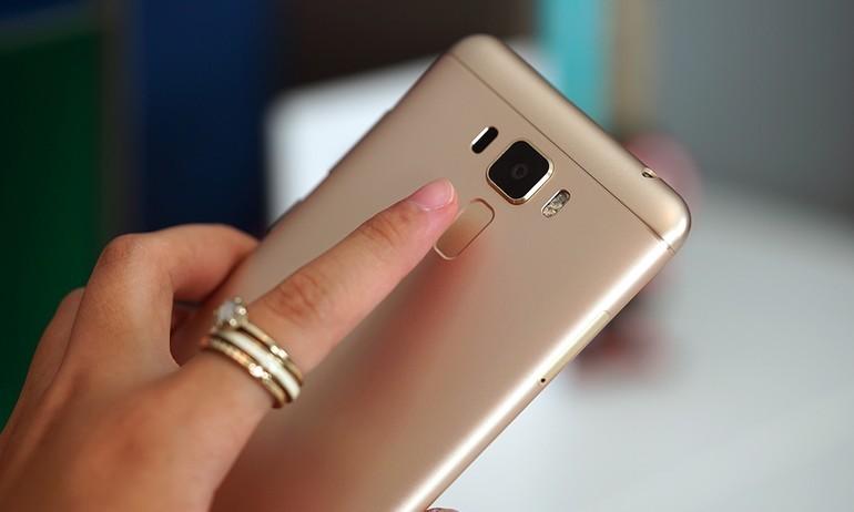 Zenfone 3 Laser cập bến Việt Nam: Lấy nét nhanh, vân tay nhạy, giá 6 triệu