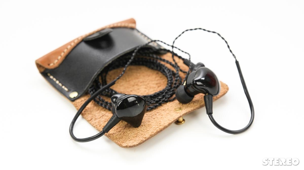 """Đánh giá tai nghe in-ear iBasso IT03: cú hích của """"gã tay mơ"""""""