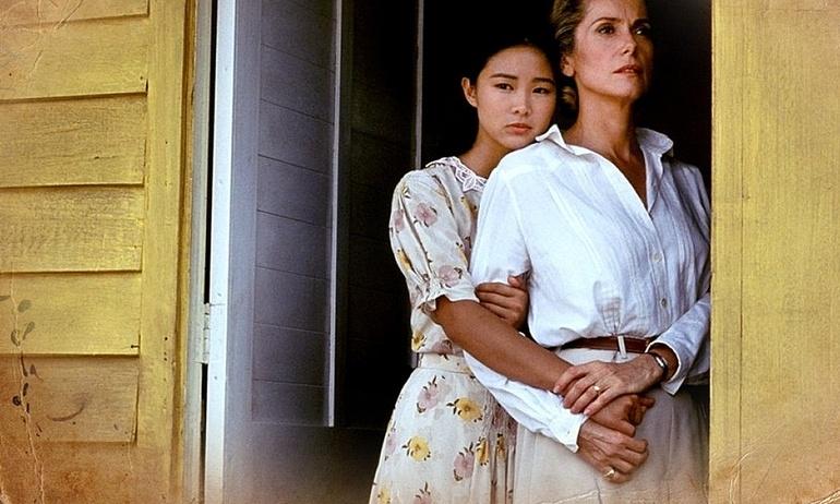 Hai mẹ con Pháp – Việt cùng yêu một người đàn ông trong phim đoạt giải Oscar Indochine