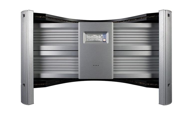 IsoTek ra mắt ổn áp lọc nguồn EVO3 Super Titan dành cho thiết bị audio