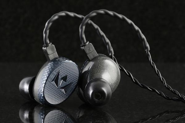Lộ diện dây tín hiệu tai nghe Noble chuẩn Lightning, giá dưới 1 triệu đồng