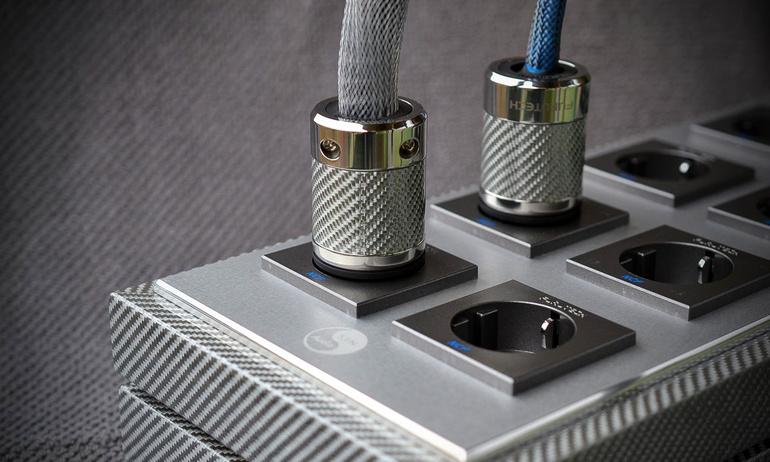 Ngắm nhìn S.I.N. PSD-10 Private Edition - ổ điện hi-end dành cho dân audiophile, giá hơn 310 triệu đồng
