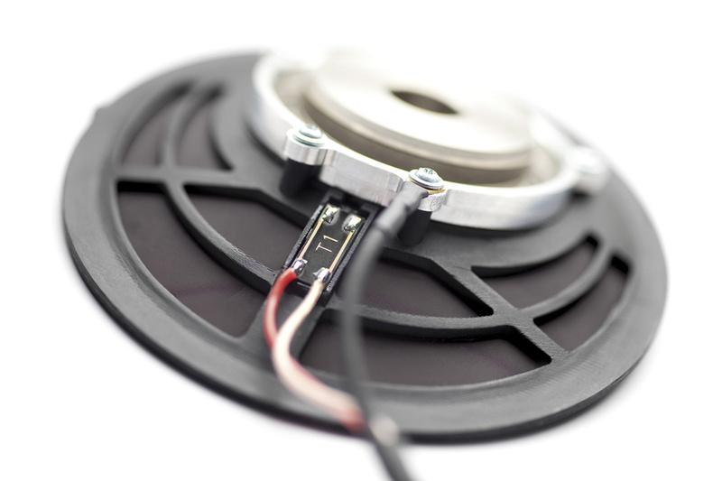 Thay màng loa bằng than chì sẽ cho chất lượng âm thanh tốt hơn?