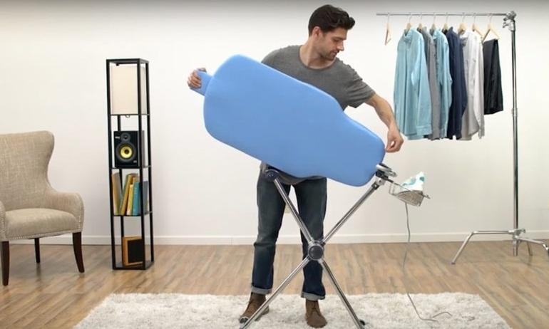 Việc là quần áo chưa bao giờ vui đến thế với bàn ủi xoay 360 độ Flippr