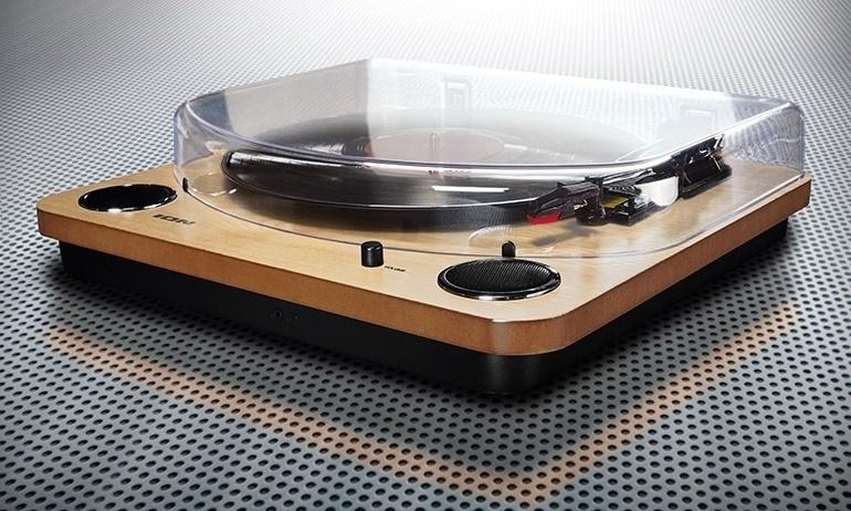 Lidl ra mắt mâm đĩa nhựa ION, giá chỉ 50 bảng Anh