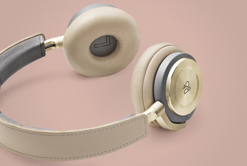 B&O ra mắt tai nghe không dây Beoplay H9 đón mùa Giáng Sinh