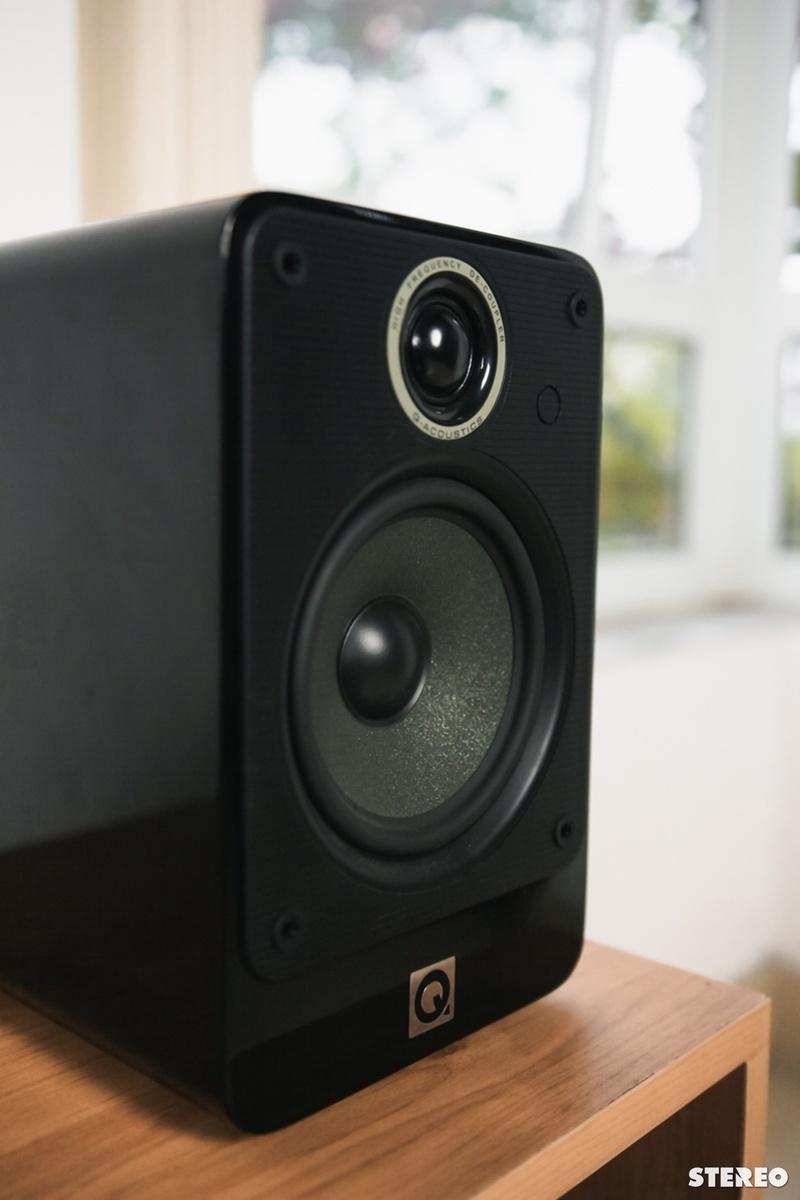 Marantz M-CR611 &  Q-Acoustics 2020i: cặp đôi hi-fi đa năng hoàn hảo cho nhu cầu nhạc số chất lượng cao
