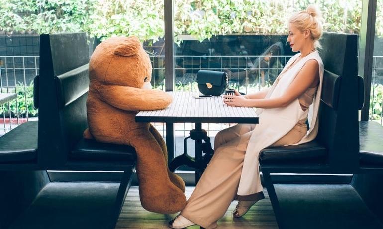 Các cuộc hẹn hò sẽ diễn ra như nào trong thời đại công nghệ 20 năm tới?