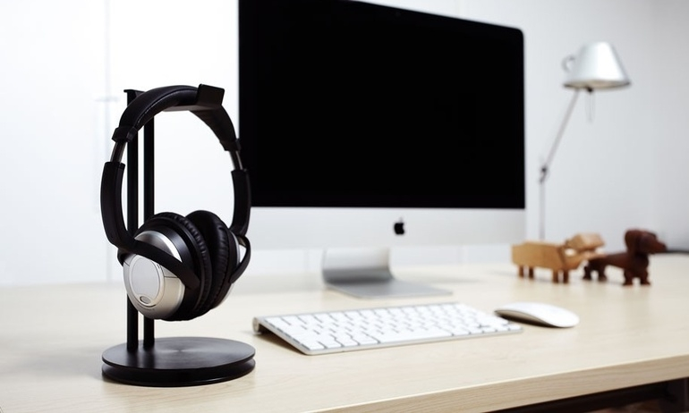 Giới thiệu bộ giá treo tai nghe cao cấp Just Mobile: Vì tai nghe cũng cần nâng niu