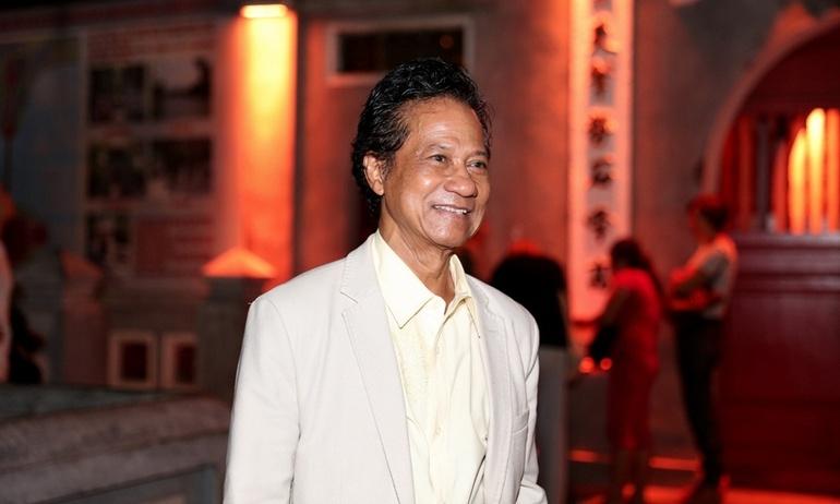 Sau 37 năm, tượng đài Bolero Chế Linh hạnh phúc trở lại sân khấu Sài Gòn