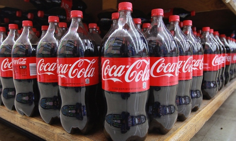 """Tẩy sạch mảng bám, giảm đau hiệu quả, Coca-Cola cũng lắm """"chiêu"""" hơn là nước giải khát thông thường"""