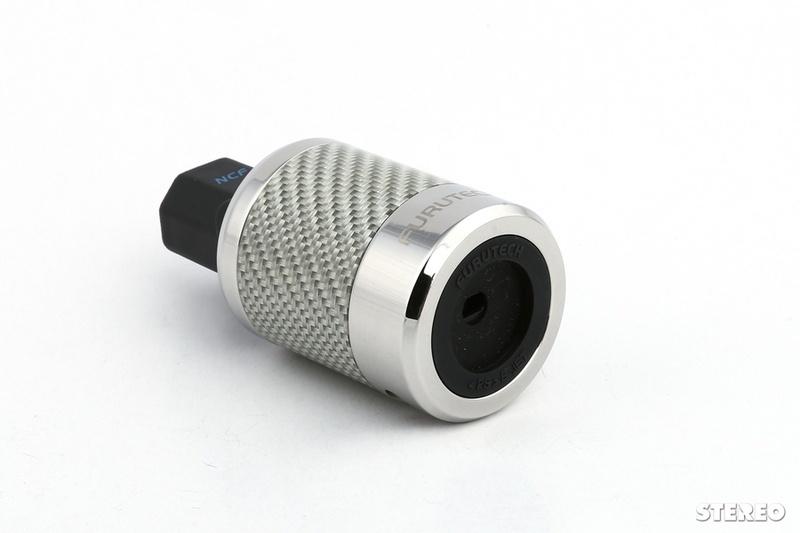 Dây nguồn hi-end Furutech NanoFlux NCF Power Cord, giá gần 120 triệu đồng