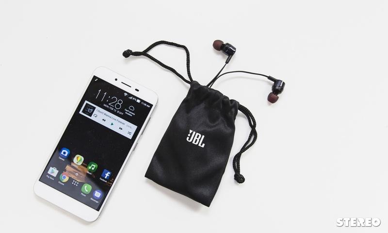Đánh giá tai nghe JBL Pure Bass T210: lựa chọn bình dân tươm tất cho basshead